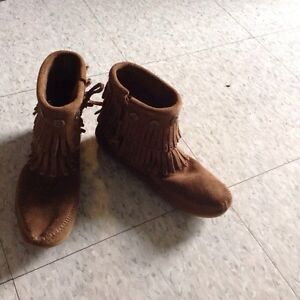 Brand new brown moccasins, size 5.5 Cambridge Kitchener Area image 6