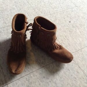 Brand new brown moccasins, size 5.5 Cambridge Kitchener Area image 5
