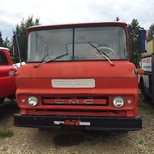 REDUCED 1961 gmc dump truck