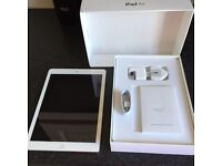 Apple iPad Air 16gb silver and white wifi and cellular unlocked in mint condition