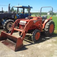 Kubota L2650DT 4WD tractor and loader
