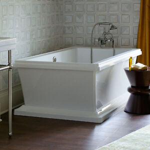 Stunning tub for sale!