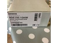 Siemens RDE100 room thermostat DHW