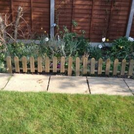 11 Wooden picket fencing panels