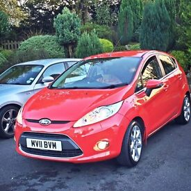 2011 Ford Fiesta Titanium Automatic- 22k miles, **CHEAP**