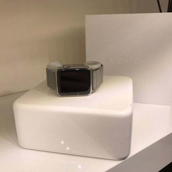 Apple i watch 38mm stainless steel milanese loopin Sevenoaks, KentGumtree - Apple i watch 38mm stainless steel milanese loop owned for just over a year bought brand new from apple comes complete with box case and charger no scratches on the screen always had a protecter on