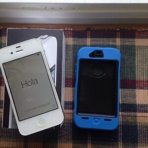 iPhone 4 8gb and case (will meet in kingston)