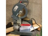 Pro 750w compound mitre saw