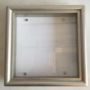 MAGNETIC PICTURE FRAME / SHADOW BOX