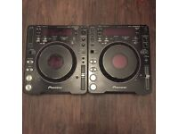 2 x Pioneer cdj's , 4 channel mixer plus studio monitors