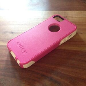 OtterBox Commuter iPhone 5 5s SE Case Pink White $58