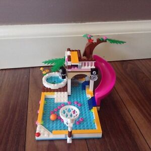 Lego friends heartlake pool