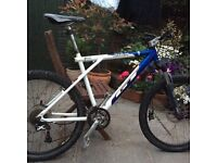 GT Tempest Mountain Bike Hardtail