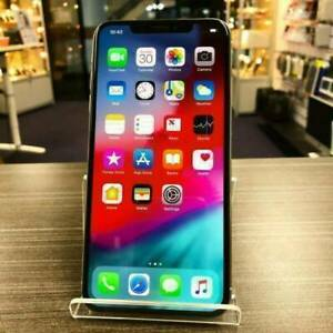 iPhone XS Max 256G Silver Good Cond. Unlocked with warranty invoice Merrimac Gold Coast City Preview