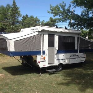 2007 JAYCO 1008 trailer with shower and real toilet