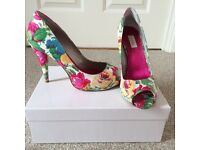 Untold Floral Peep Toe Shoes size 6 + matching clutch bag