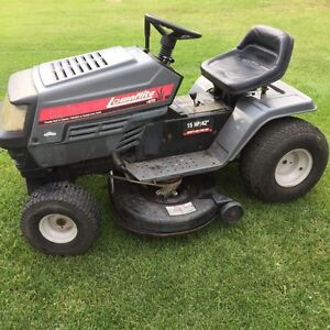 Lawnflite Riding Lawn Tractor