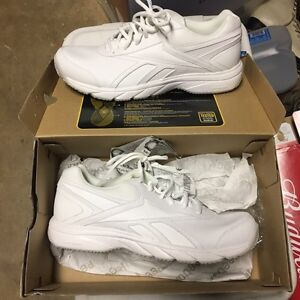 Reebok Sneakers. Size 8.5/9.0.  New