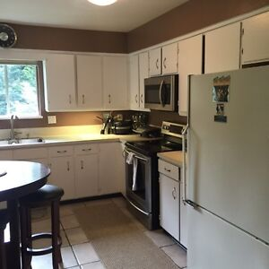 Airbnb private room for rent 5 bedroom house north van North Shore Greater Vancouver Area image 3