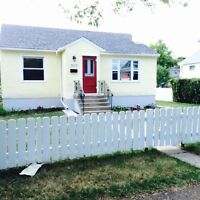CLOVERDALE , CHARACTER  HOME for RENT!