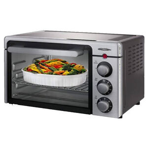 Toster oven Oster 4-slice Convection & TV Stand black with glass