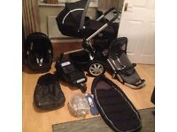 Quinny Buzz pushchair, carrycot and car seat