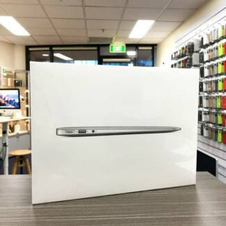 Brand new sealed MacBook Air 13 inch 2017 128GB Apple warranty