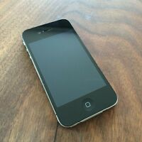 iPhone 4S 8GB w Otterbox Commuter Case