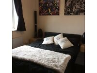 Good SIZE DOUBLE ROOM FOR ONE PERSON £165 pw (bills inc)