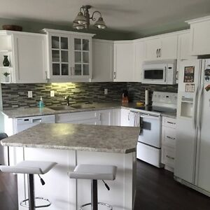 Room for rent in townhouse in Lakeridge
