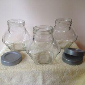 Sweet jars plus accessories (scoops, bags, tongs)