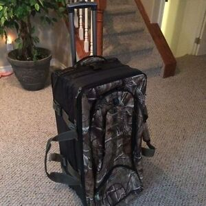 Pathfinder gear Realtree Luggage