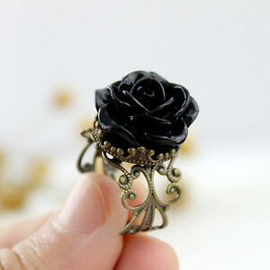 Bague de bronze Rose noire. Black rose bronze ring