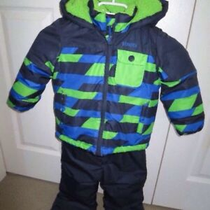Toddler 2T and 3T excellent condition Oshkosh snow suit