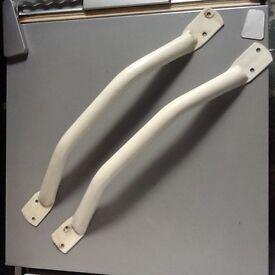 Grab handles