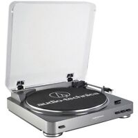 Audio Technica AT LP60 Turntable Like New