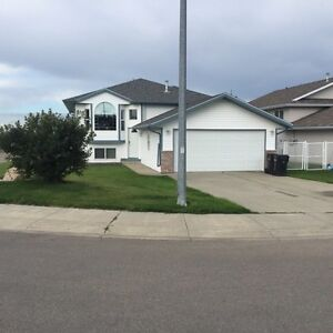 Beautiful Bungalow home in great area