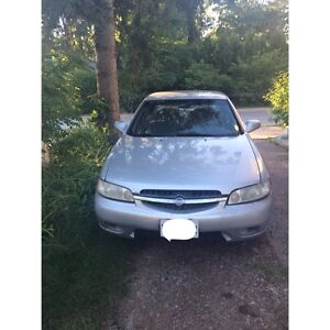 2001 Nissan Altima- as is
