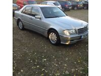 Mercedes 240 automatic ***drives well** service history** mot