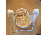 Graco baby swing , washable and foldable