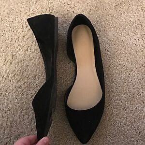 Black Pointed Toe Flats - Women's 11 - Brand New