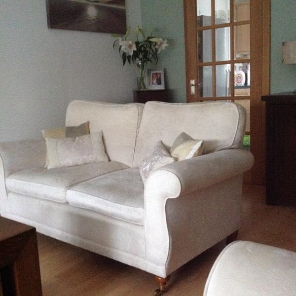2x2 cream laura ashley sofas in balloch west dunbartonshire gumtree. Black Bedroom Furniture Sets. Home Design Ideas