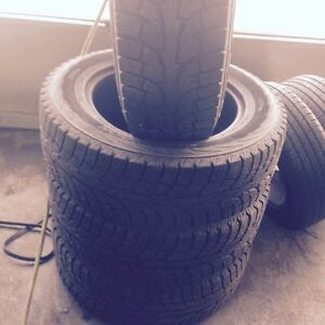 Hankook winter tires LT 267/60r20 with good tread $150 set