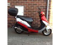 Peugeot v clic 50cc scooter, 12 reg, may deliver