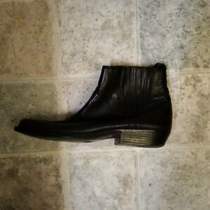 MENS WESTERN. (LOW CUT) BOOT...