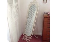 BRAND NEW SHABBY CHIC MIRROR FROM STERLING FURNITURE RRP £159
