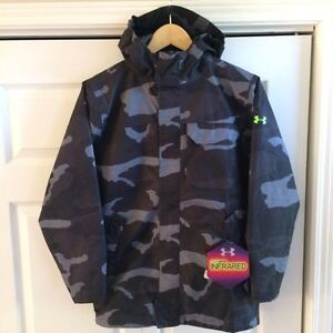 Under Armour Boys Winter Coat, size M, *new* - black/grey camo