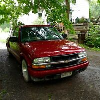 2002 Chevrolet S-10 Sports package Pickup Truck