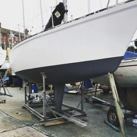 Sailing Yacht 22ft Boat 4 berth, cooker, cradle, sails, engine, chemical toilet, tender dinghy