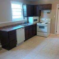 Spacious and Bright 2 Bedroom Available Now!!